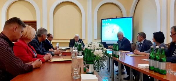 Виїзне засідання Президії УТА з академіками Закарпатського регіонального відділення.