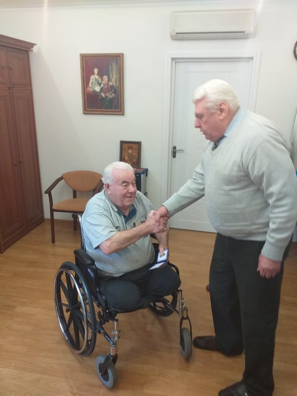 Нагорода УТА до 80-річчя академіка Гризуна В.М.